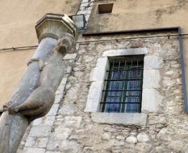 Girona: la llegenda de la Lleona amulet